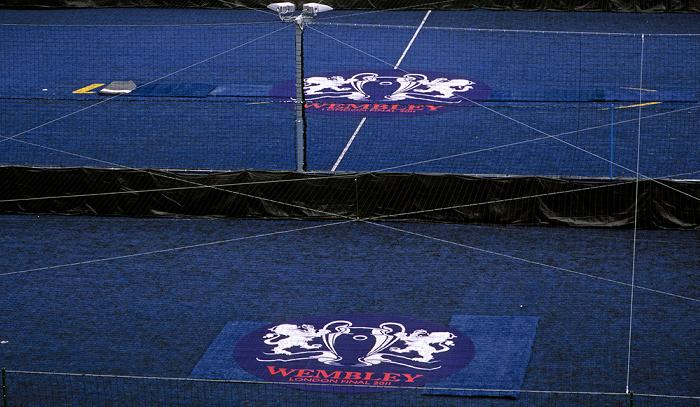 London Wembley Park: Wembley-Stadion (Wembley Stadium) - Blauer Teppich für die VIPs