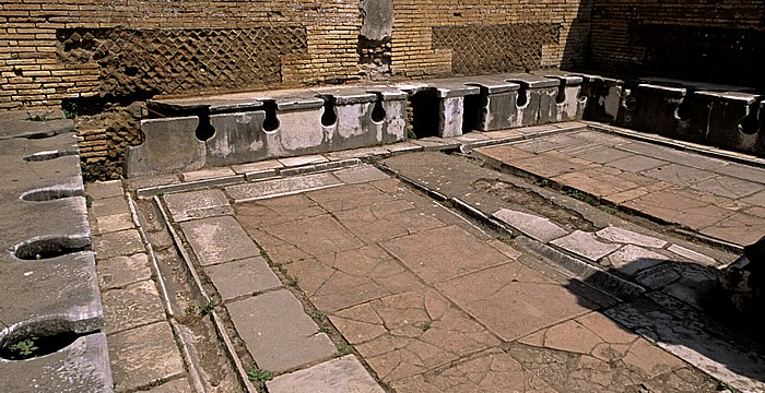 Ostia Antica: Öffentliche Latrine