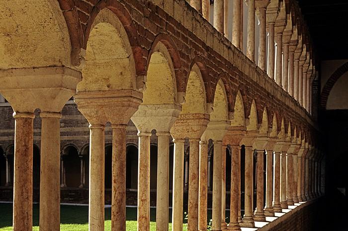 Centro Storico (Altstadt): Cattedrale di Santa Maria Matricolare (Dom) - Kreuzgang Verona
