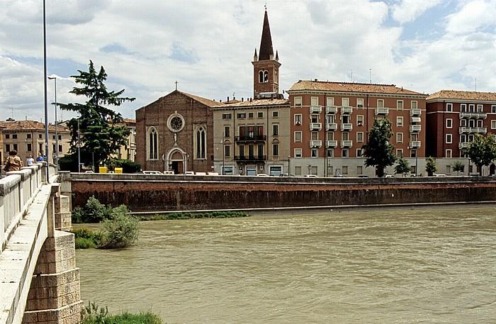 Centro Storico (Altstadt): Ponte Nuovo und Etsch (Adige) Verona