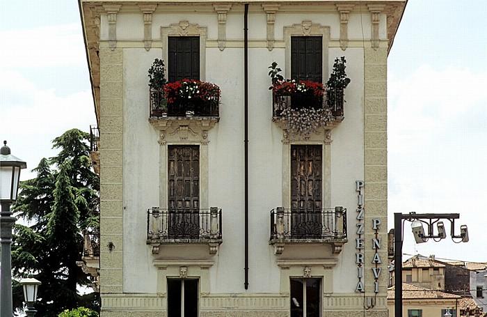 Verona Centro Storico (Altstadt): Pizzeria Ponte Navi