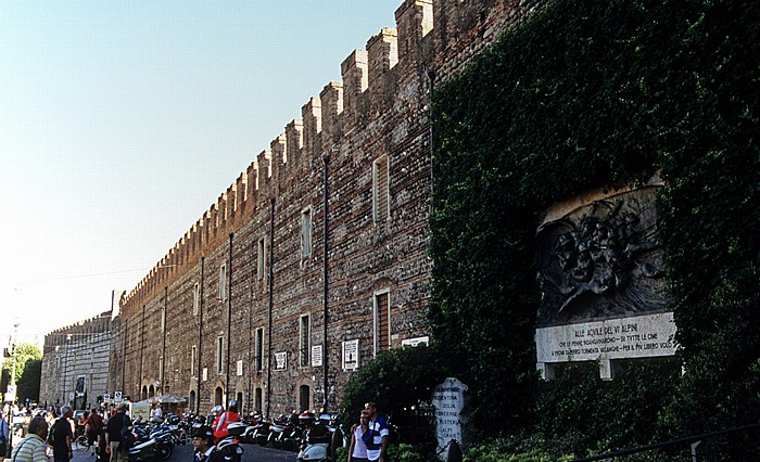 Centro Storico (Altstadt): Mura comunali di Verona (Stadtmauer)
