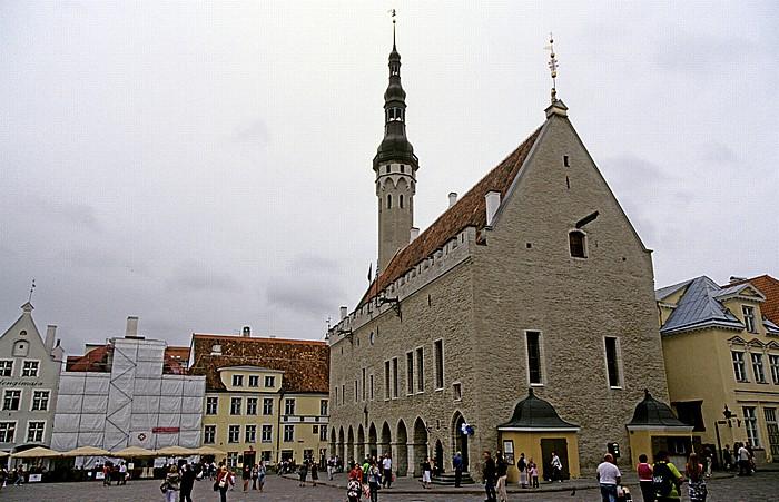 Altstadt: Unterstadt - Rathausplatz (Raekoja plats) und Tallinner Rathaus (Tallinna raekoda) Tallinn 2011