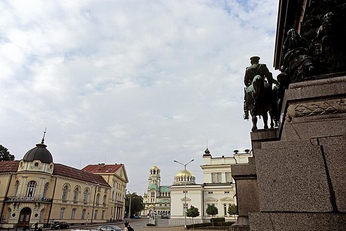 Sofia Parlamentsplatz (Narodno-Sabranie-Platz). Alexander-Newski-Kathedrale Bulgarische Akademie der Wissenschaften Narodno Sabranie Reiterdenkmal Zar Alexanders