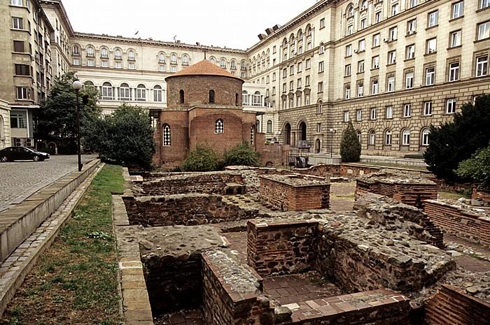 Sofia Sveti Georgi (Georgs-Kirche, ehem. römischer Thermenbau) Präsidialverwaltung Sheraton Sofia Hotel Balkan