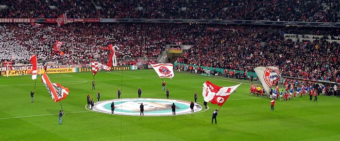 Allianz Arena: DFB-Pokalhalbfinale FC Bayern München - Schalke 04