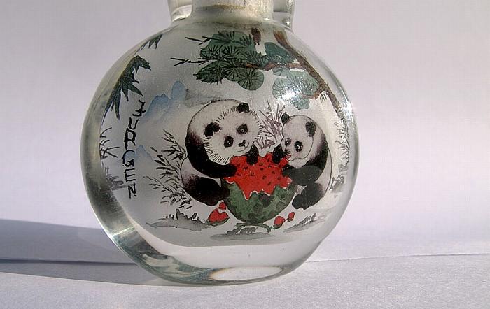 München Mit Pandas innenbemaltes Glasgefäß aus China