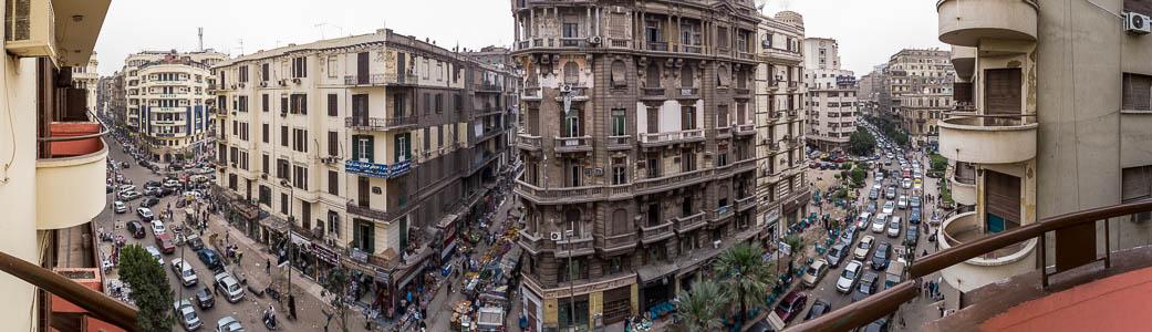Kairo Al-Azbakeya: Blick aus dem Grand Hotel: Talaat Harb Road 26 July Street Suq al-Tawfiqiyya