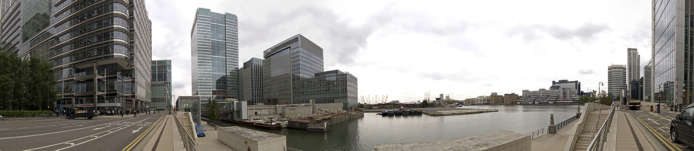 London Docklands: Canary Wharf, Wood Wharf
