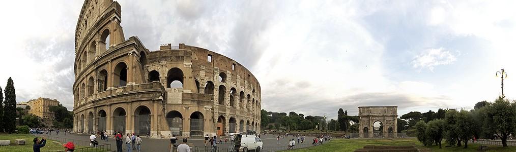 Kolosseum (Amphitheatrum Flavium), Piazza del Colosseo, Konstantinsbogen Rom