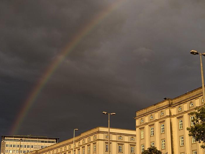 Universität für künstlerische und industrielle Gestaltung Linz (Kunstuniversität Linz), Regenbogen