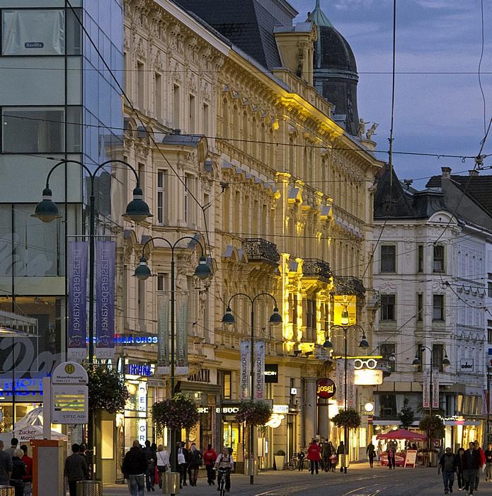 Linz Neustadtviertel: Landstraße (Mozartkreuzung)