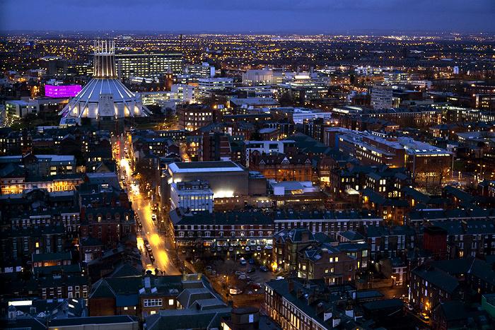 Blick vom Turm der Liverpool Cathedral: Liverpool Metropolitan Cathedral Hope Street