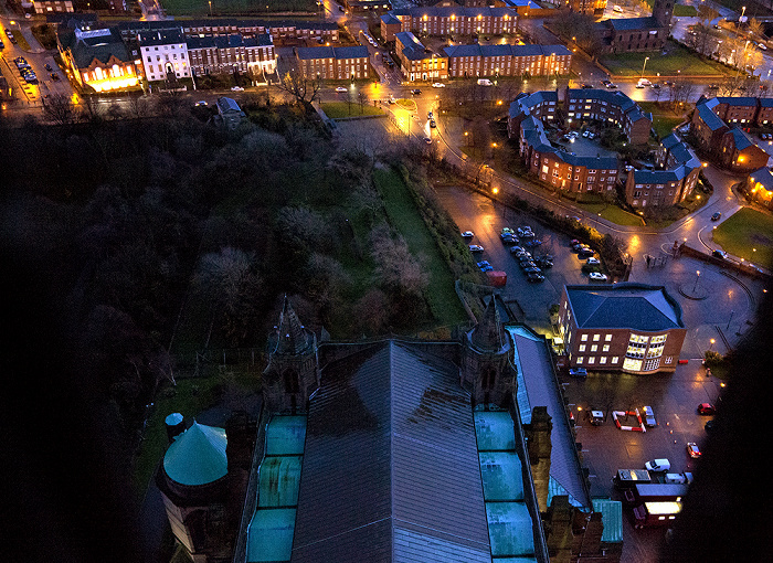 Blick vom Turm der Liverpool Cathedral: St James Cemetery