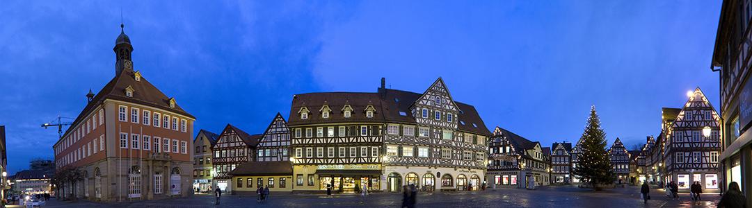 Schorndorf Altstadt: Marktplatz Gaupp'sche Apotheke Palm'sche Apotheke Rathaus