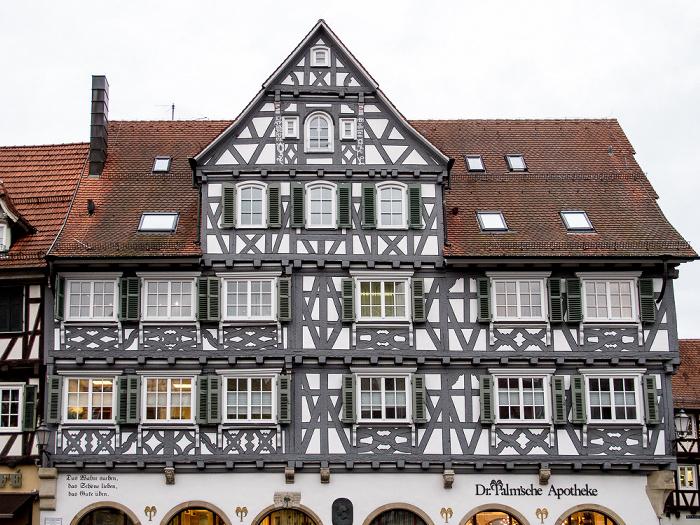 Schorndorf Altstadt: Marktplatz - Palm'sche Apotheke