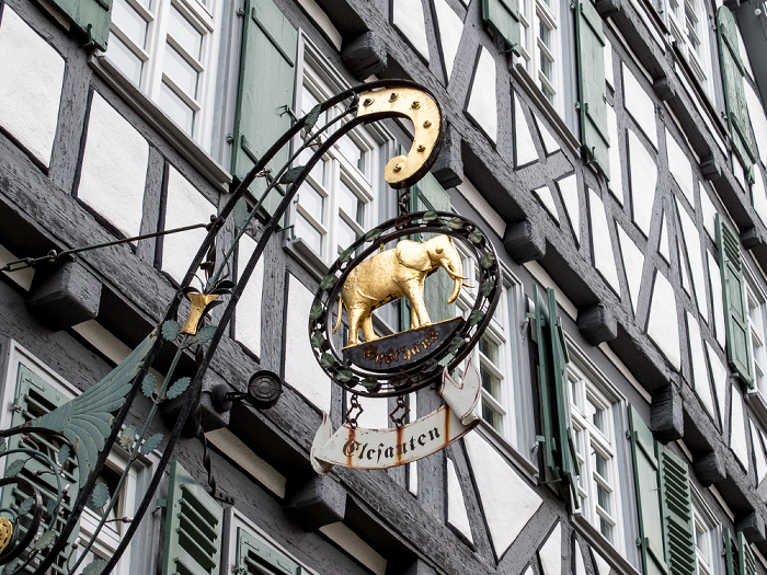 Schorndorf Altstadt: Gottlieb-Daimler-Straße - Elefanten