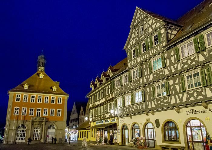 Schorndorf Altstadt: Marktplatz - Rathaus und Palm'sche Apotheke