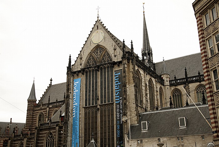 Amsterdam Centrum: Dam - Nieuwe Kerk (Neue Kirche).