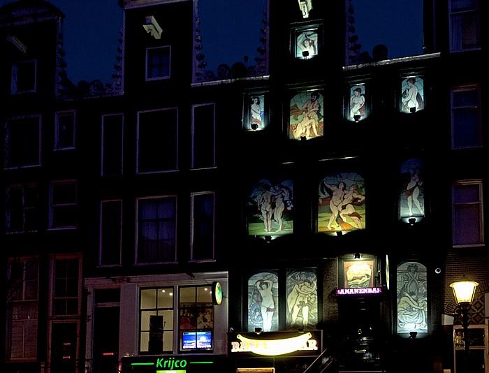 Amsterdam Centrum: De Wallen - Oudezijds Achterburgwal