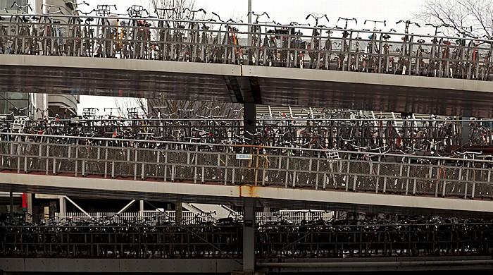 Open Havenfront: Mehrstöckges Fahrrad-Parkhaus Amsterdam