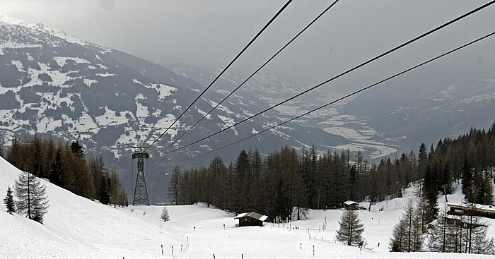 Blick von der Bergstation der Gerlosstein-Bahn ins Zillertal