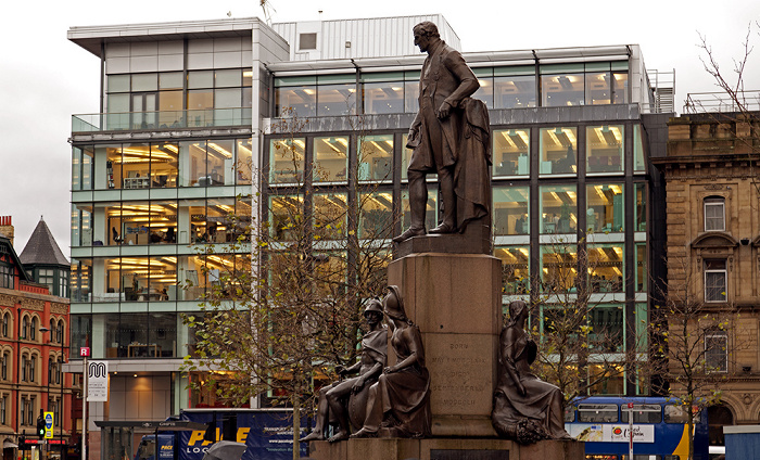 Manchester Piccadilly Gardens: Duke-of-Wellington-Denkmal