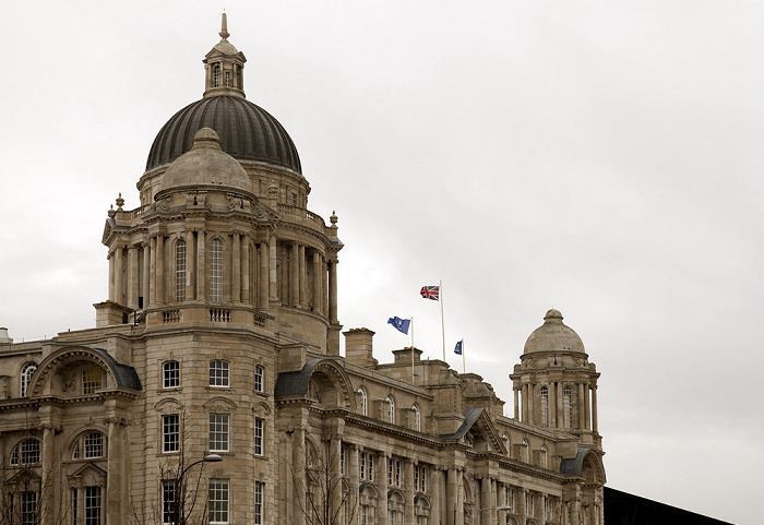 Pier Head: Three Graces (Drei Grazien) - Port of Liverpool Building