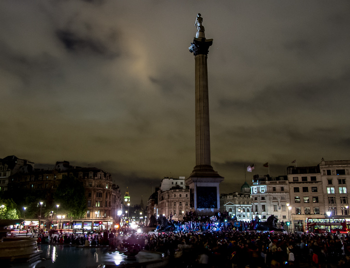 City of Westminster: Trafalgar Square mit der Nelson's Column London 2011