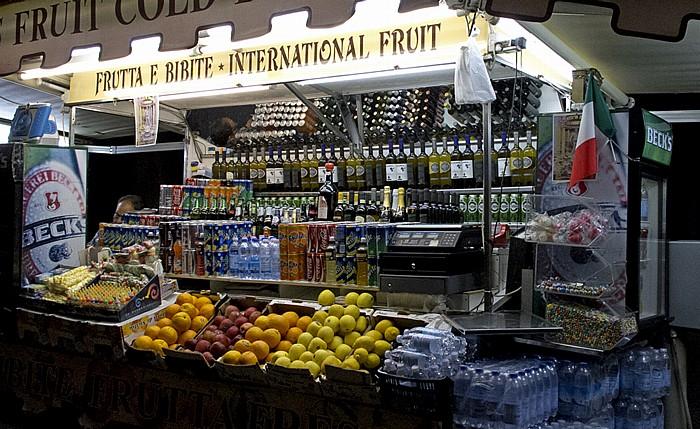 Rom Verkaufsstand für Getränke und Essen