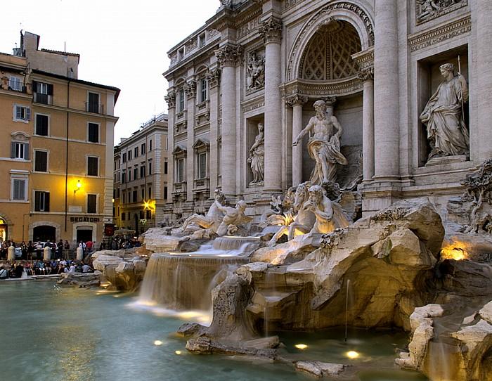 Centro Storico (Altstadt): Trevi-Brunnen (Fontana di Trevi) Rom