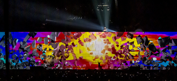 O2 World: Roger Waters - The Wall Live - Comfortably Numb Berlin 2011