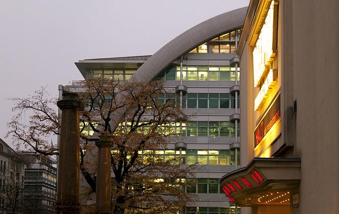 Berlin Charlottenburg: Ludwig-Erhard-Haus Kino Delphi