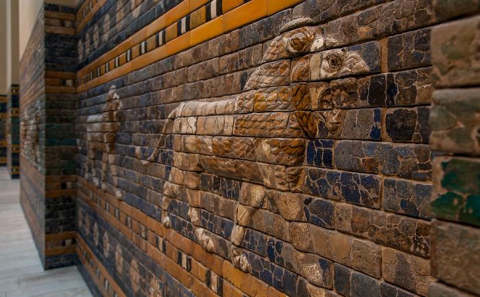 Berlin Pergamonmuseum: Ischtar-Tor und Prozessionsstraße von Babylon