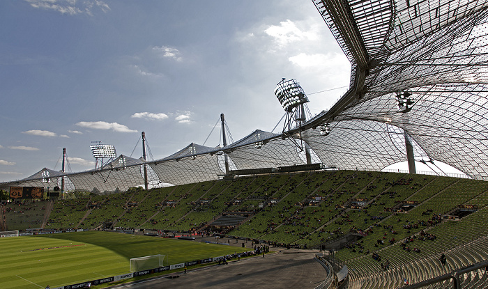 Olympiastadion: Haupttribüne München 2012