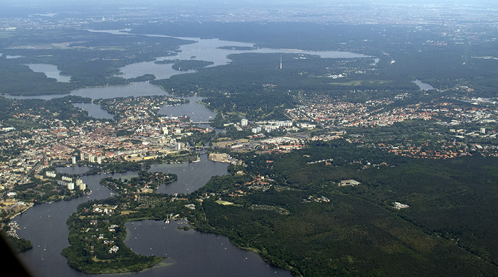 Brandenburg - Potsdam: Stadtzentrum mit Havel Luftbild aerial photo