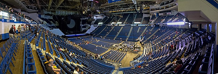 XL Center: Roger Waters - The Wall Live (vor Konzertbeginn) Hartford