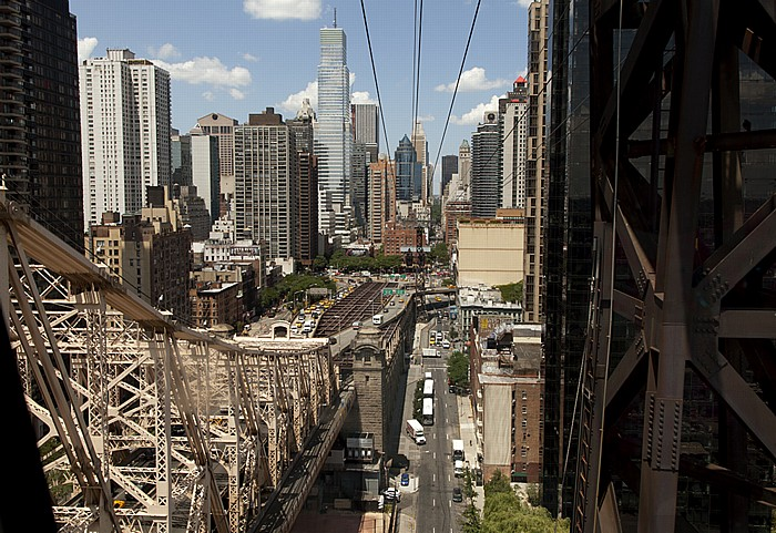 Blick aus der Roosevelt Island Tramway: Manhattan New York City