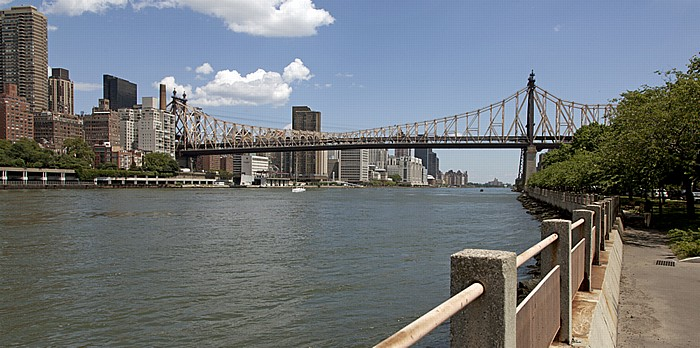Manhattan, Queensboro Bridge, East River und Roosevelt Island New York City