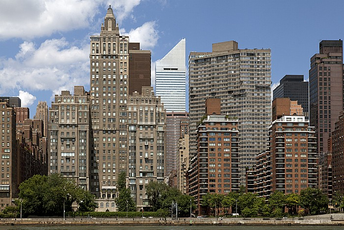 Blick von Roosevelt Island: Midtown Manhattan - Turtle Bay (links) und Sutton Place New York City