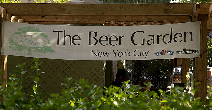 New York Battery Park: The Beer Garden