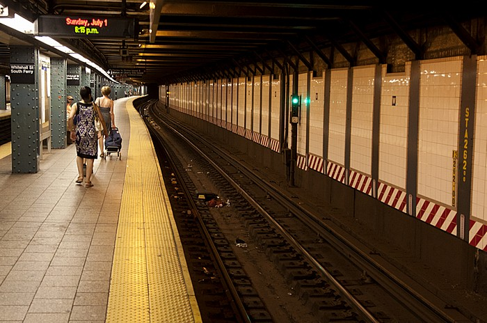New York City Manhattan: Whitehall Street-South Ferry Subway Station