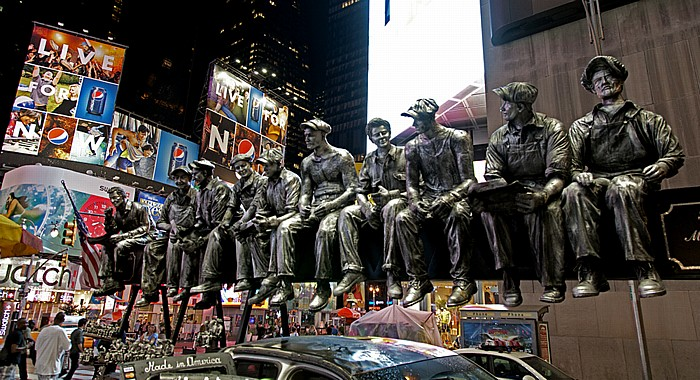 New York City Times Square: Skulptur der Rockefeller-Bauarbeiter