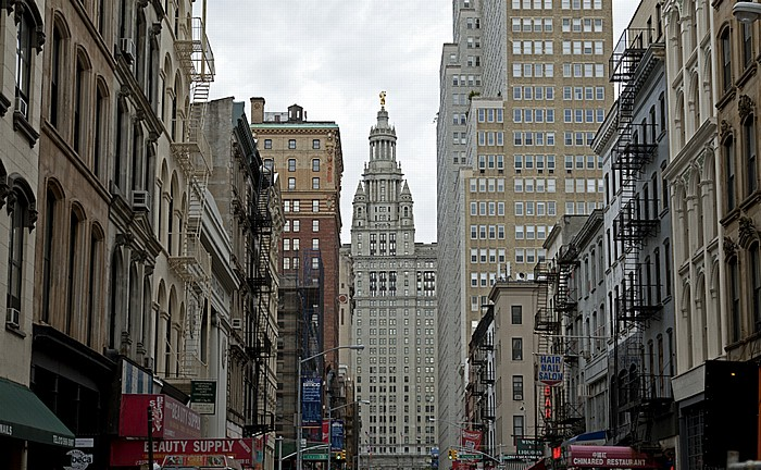 New York City TriBeCa: Chambers Street Manhattan Manhattan Municipal Building TirBeCa