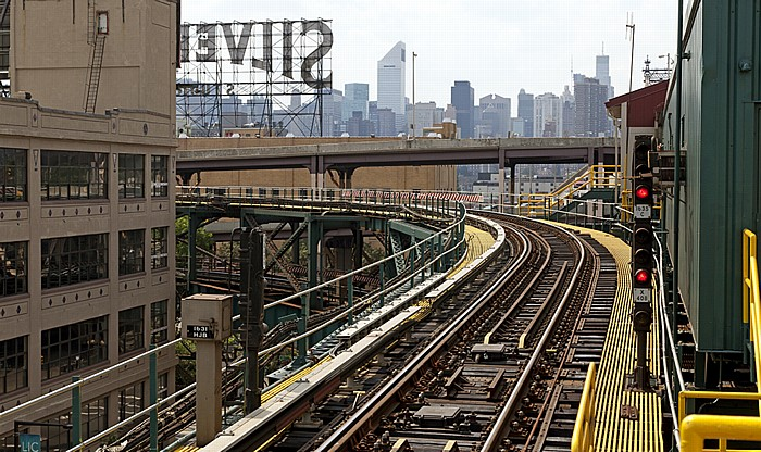 New York Long Island City (Queens): Queensboro Plaza Subway Station Manhattan