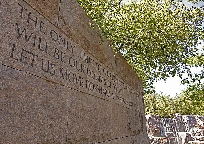 Washington, D.C. West Potomac Park: Franklin Delano Roosevelt Memorial