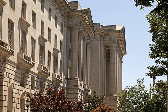 Washington, D.C. Federal Triangle: Constitution Avenue - Andrew W. Mellon Auditorium (Departmental Auditorium)