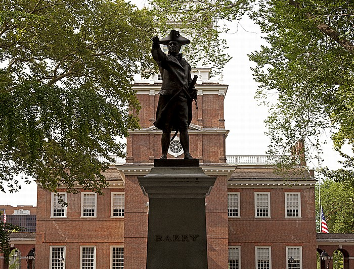 Philadelphia Independence National Historical Park: Commodore-John-Barry-Denkmal Independence Hall