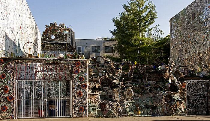 South Street: Philadelphia's Magic Gardens