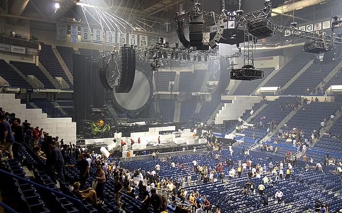 XL Center: Roger Waters - The Wall Live (nach Konzertende) Hartford
